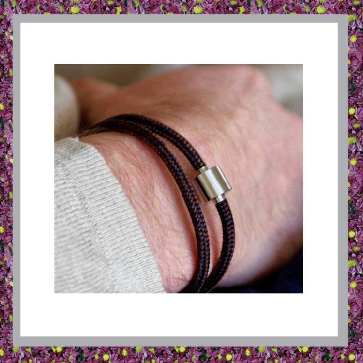 Armbandkoord Bruinmarine met askraal