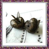mini-urn-vlinder-brons