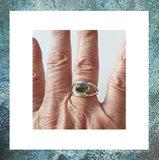 asring-sieraden-met-as-juweeltje-ring-as-hoog-labradoriet-grijsblauw