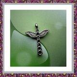 Kruis met zwarte strass en vleugels 05_