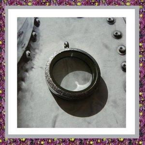 Medaillon Zilverkleurig met schroefsluiting