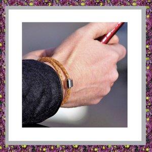 armband-om-as-in-te-doen-voor-asverwerking-asarmband-leer