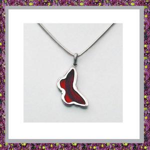 haar-hanger-haarlok-in-sieraden-juwelen-juweeltje-gedenksieraden-herinneringshanger-zilver-vlinder